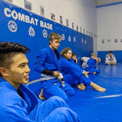 https://www.combatbase.com/wp-content/uploads/2020/09/FiveStar-Martial-Arts.png